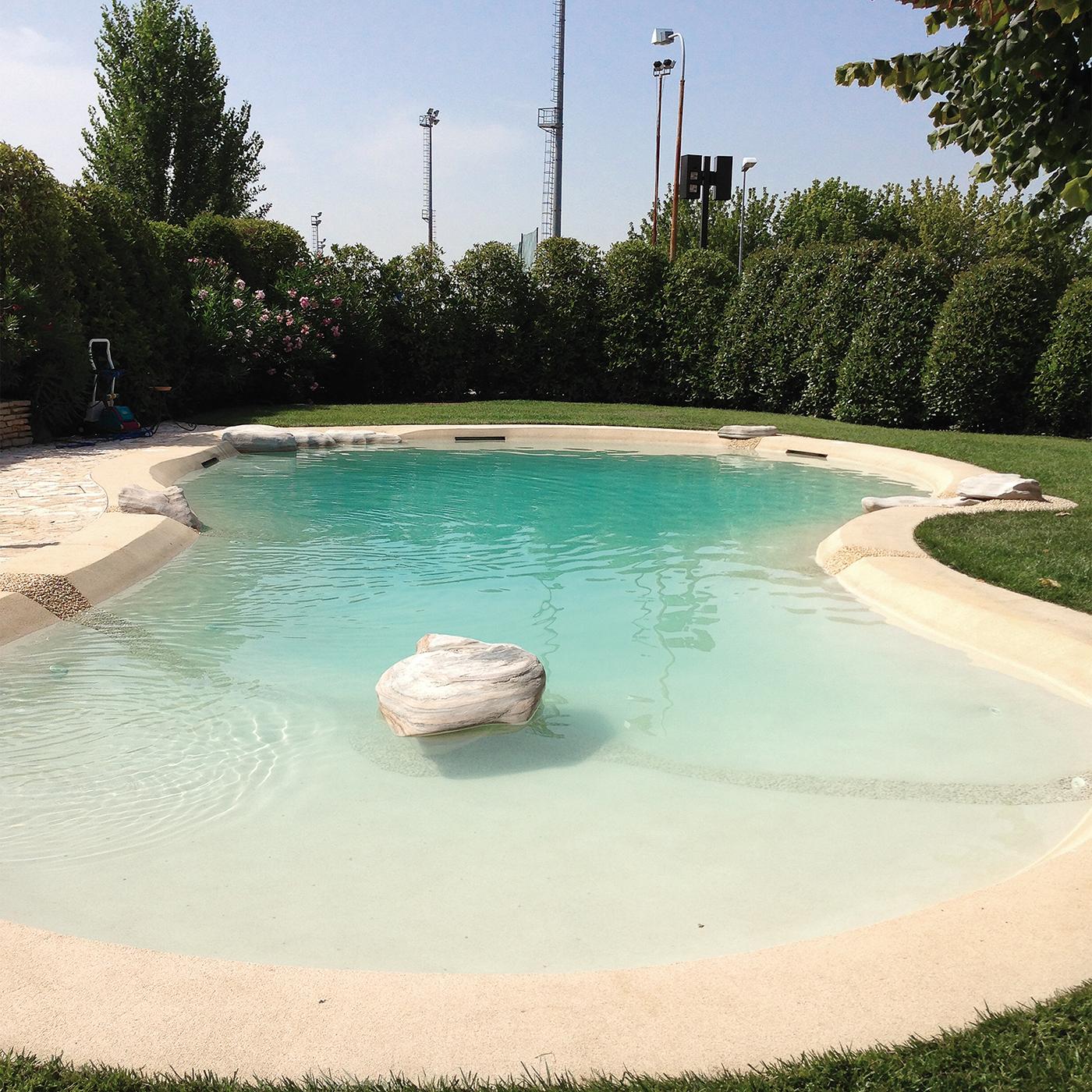 Stilelibero piscine naturali for Piscine design d o